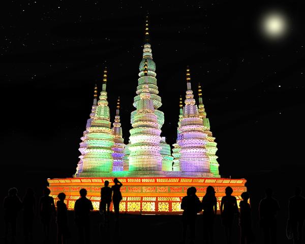 Porcelain Towers lantern set