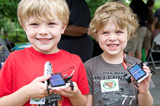 Boys with their solar cars